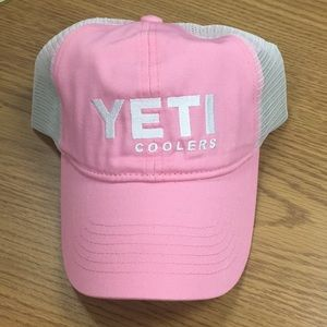NWT Pink & White Mesh-back Yeti Baseball Hat